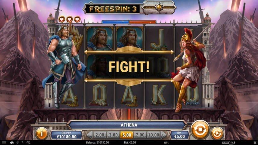 Bilden visar bonusspelet i Divine Showdown där två gudar möter varandra i strid.