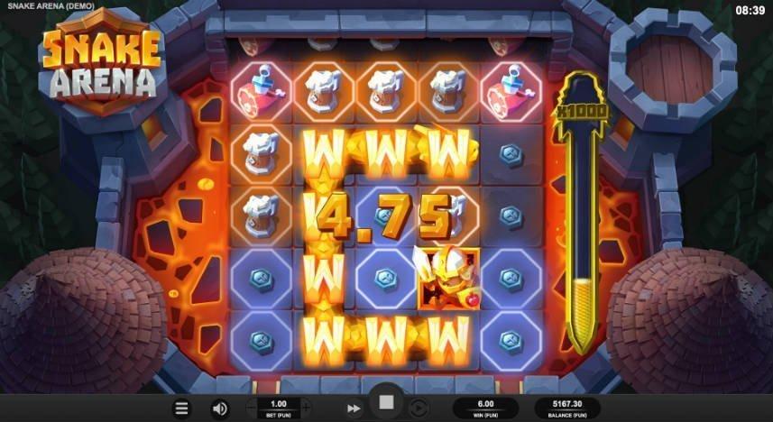Bilden visar en vinst i casinospelet Snake Arena. Spelytan är inringad av en medeltida borg. I själva spelytan ser vi de olika symbolerna i form av ölsejdlar, kött, medaljonger, riddare och en orm som här fungerar som wild.