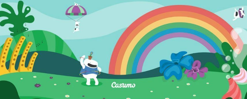 Casumo mascots on grass