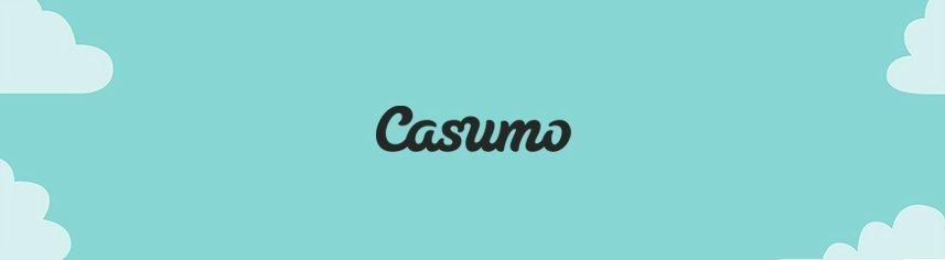 Casumos logotyp står skriven i svart text. I bakgrunden är en grönblå himmel med moln i de fyra hörnen.
