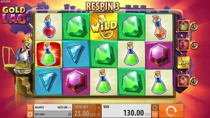 På bilden ser vi casinospelet Gold Lab. Ventrerat är spelytan där vi ser symboler i form av kemiflaskor och juveler. Till vänster om spelytan står en tecknad blond man i en vit rock. Längst ned syns kontrollytan där insats, saldo, insatsreglage, vinst, meny och startknapp finns.