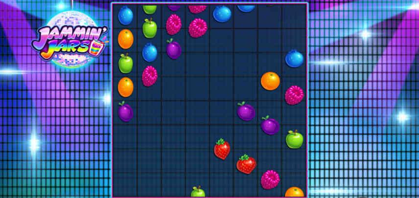 Bilden visar spelytan och fallande fruktsymboler i casinospelet Jammin Jars.